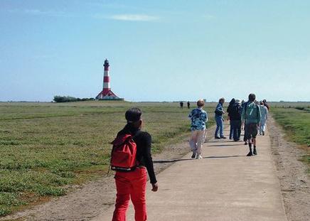 Klassenfahrt zu Sand und Meer -  Kielkampschüler an der Nordsee